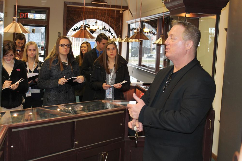 One day left to register for the ceo experience for Jewelry stores effingham il